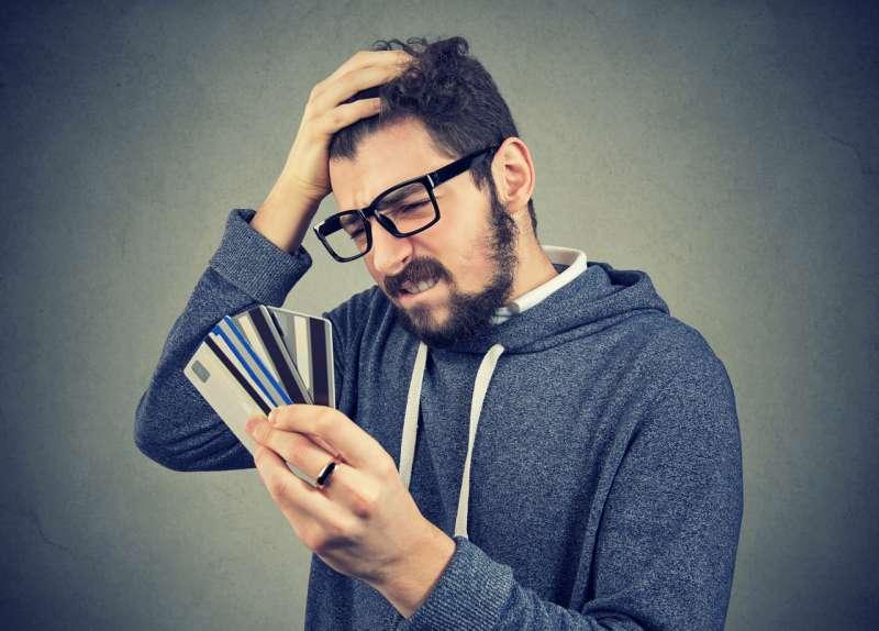 Кредитные вопросы в семье: отвечают ли супруги за долги друг друга