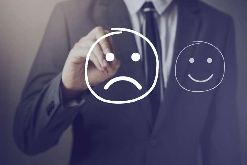 Как подать жалобу в управляющую компанию